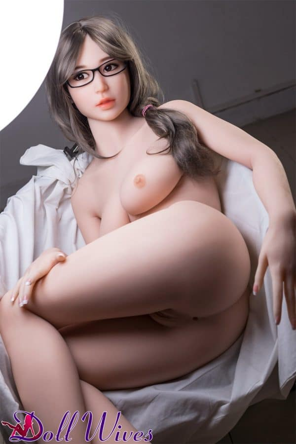 Stacy: Kinky Sex Doll