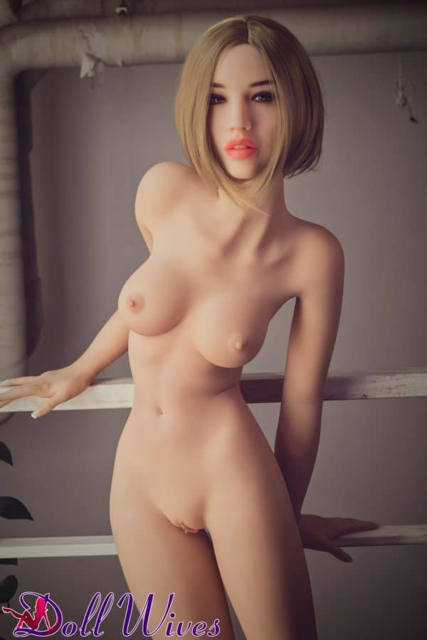 Arianna: Blonde Japanese Sex Doll